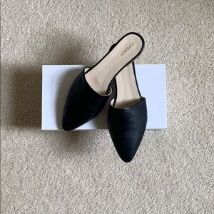 Brand New TOPSHOP pointy toe flats